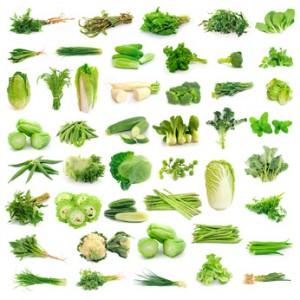 Folsäure muss über die Nahrung aufgenommen werden und ist in grünem Gemüse und Nüssen zu finden