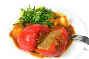 При желчных камнях рекомендуется обезжиренное, богатое клетчаткой питание