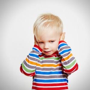 ЛОР- врач часто диагностирует воспаление среднего уха у детей