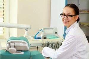 Zahnmedizin / Implantologie / Oralchirurgie / Bleaching