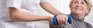 Врач также может назначить курс физиотерапии или лечебной гимнастики
