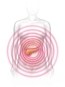 Die akute Form der Bauchspeicheldrüsenentzündung macht sich durch ausstrahlende Schmerzen im Oberbauch bemerkbar